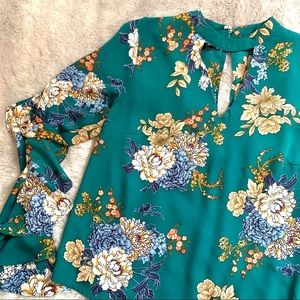 Green Floral Ruffle Sleeve Blouse